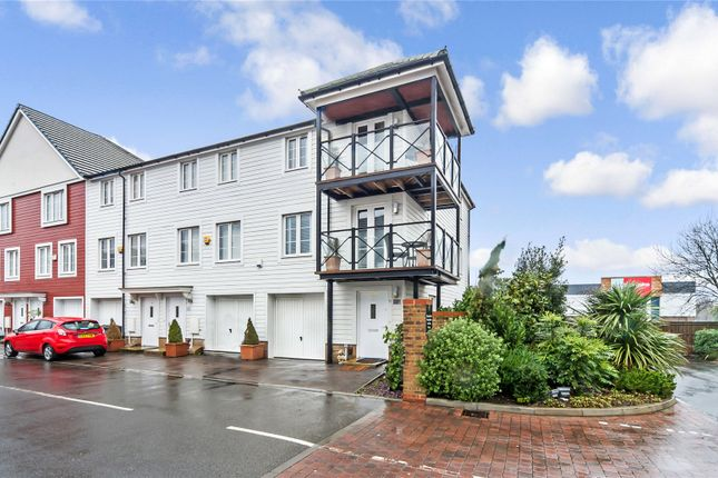 Thumbnail End terrace house for sale in Crabapple Road, Tonbridge, Kent