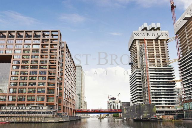 Picture 2 of The Wardian, Marsh Wall, Canary Wharf E14