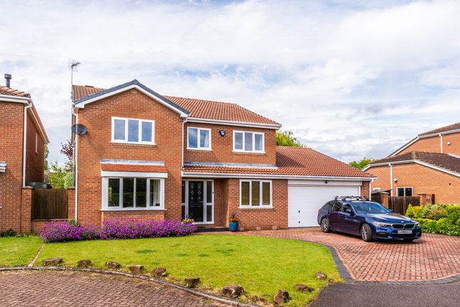 5 bed detached house for sale in Melton Gardens, Edwalton, Nottingham NG12