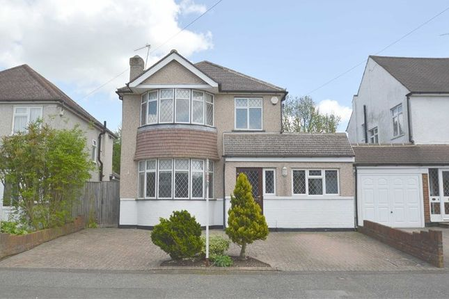Thumbnail Detached house for sale in Tollers Lane, Coulsdon