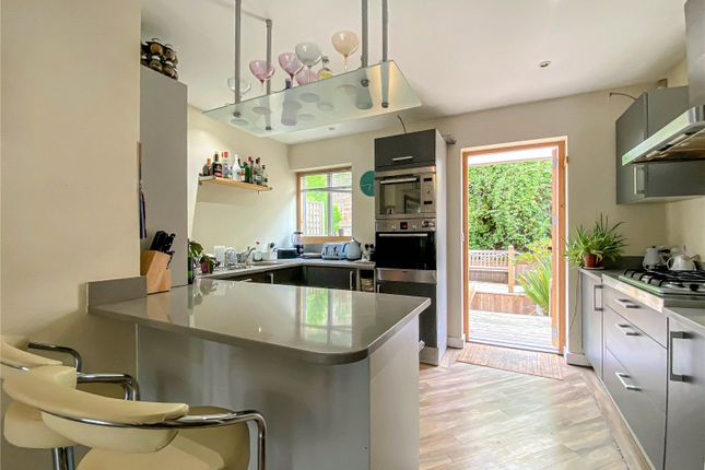 Thumbnail Terraced house to rent in Lower Clifton Hill, Clifton, Bristol