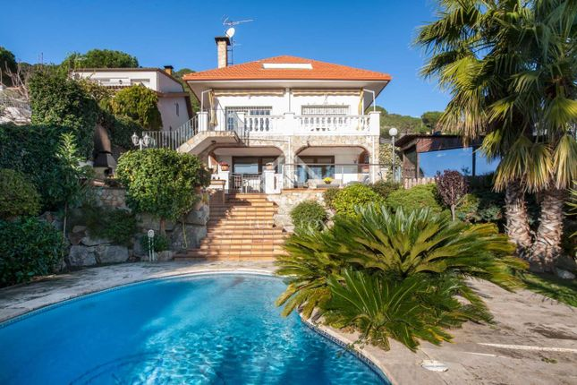 Thumbnail Villa for sale in Spain, Barcelona North Coast (Maresme), Argentona, Mrs4772