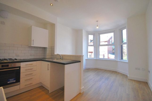 1 bed flat to rent in Osborne Road, Levenshulme, Manchester M19