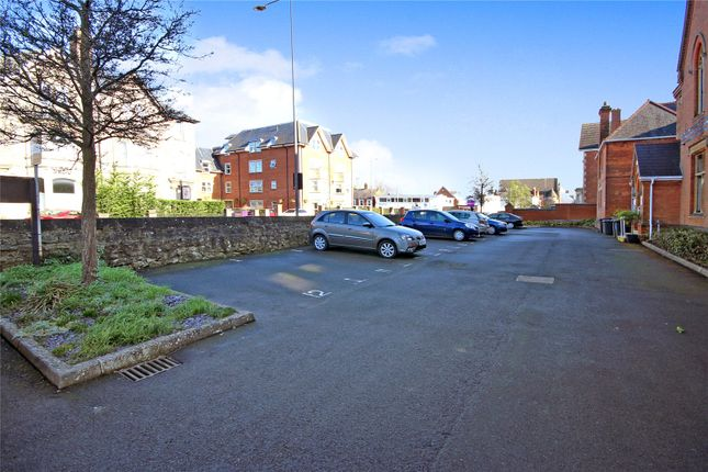Picture No. 08 of Bath Road, Old Town, Swindon, Wiltsire SN1