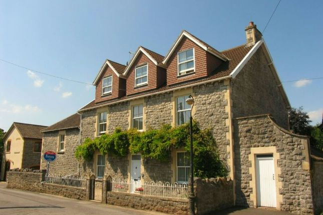 3 bed flat to rent in Nippors Way, Winscombe BS25