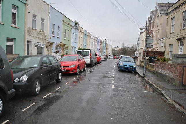 Thumbnail Flat to rent in Southville Place, Southville, Bristol