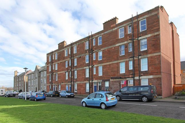 Thumbnail Flat for sale in Promenade, Musselburgh