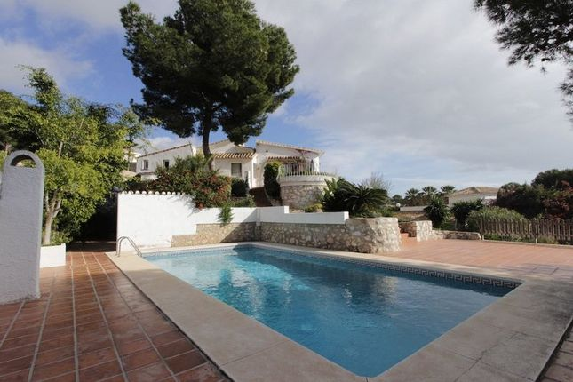 Thumbnail Villa for sale in Excellent 400 m2 Villa With Sea Views, Benalmadena Costa