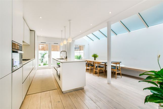Thumbnail Property for sale in Pennard Road, Shepherds Bush, London