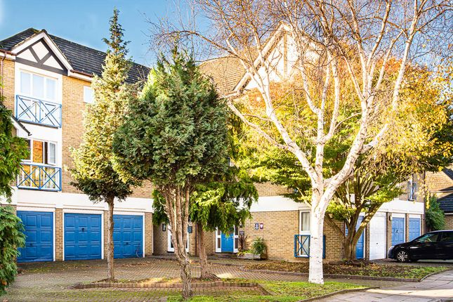 1 bed flat for sale in Farrow Lane, New Cross SE14
