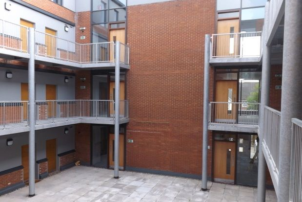 Thumbnail Flat to rent in Bromham Road, Bedford