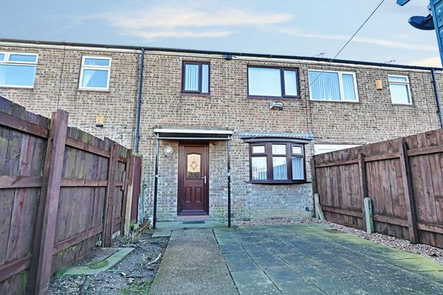 Thumbnail Terraced house for sale in Wimbourne Close, Bransholme, Hull