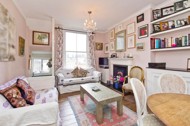 Thumbnail Flat for sale in St. Charles Square, London