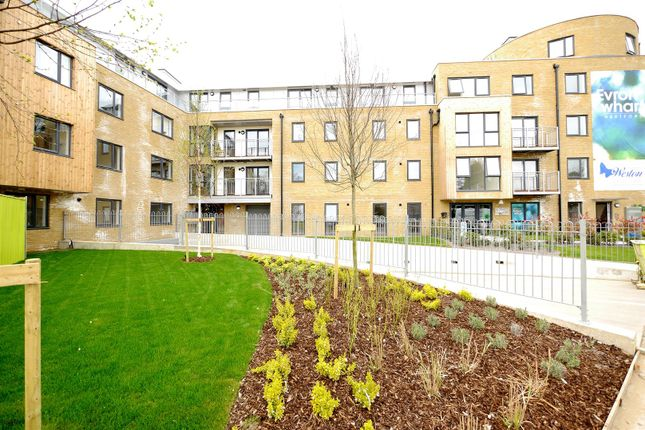 Thumbnail Property for sale in Smeaton Court, Hertford