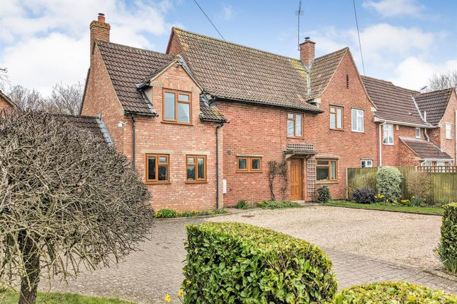 Thumbnail Cottage for sale in Sandhurst Lane, Sandhurst, Gloucester