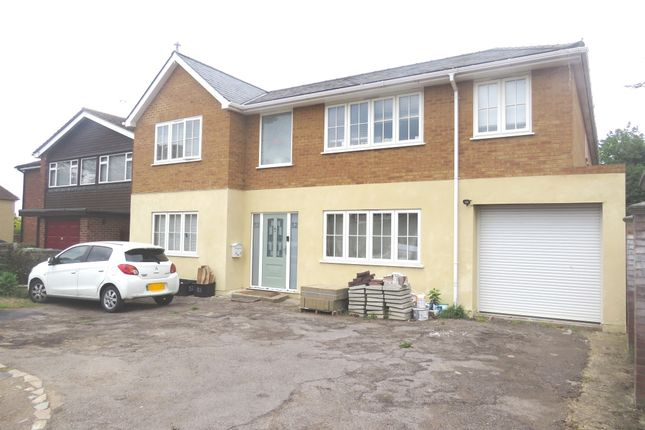 Thumbnail Detached house for sale in Hertford Road, Hoddesdon