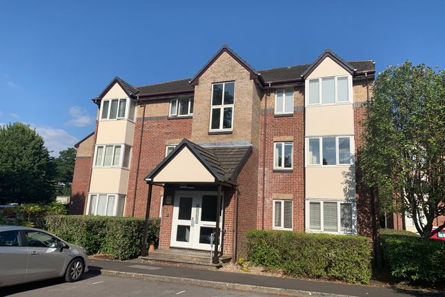 2 bed flat for sale in Westwood Court, High Street, West End, Southampton SO30