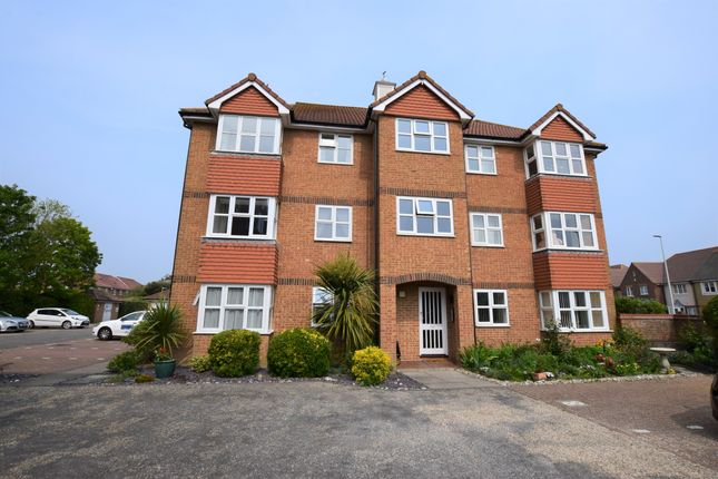 Thumbnail 1 bedroom flat for sale in Hudson Close, 5Rb