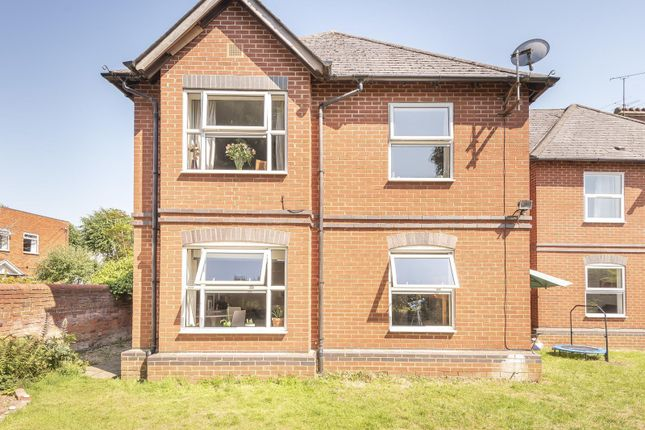 Rear Image of Coley Avenue, Reading RG1