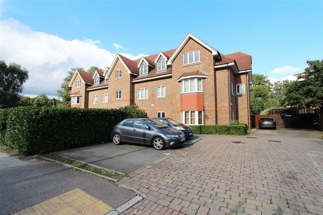 Thumbnail Flat to rent in Honeypot Lane, Stanmore