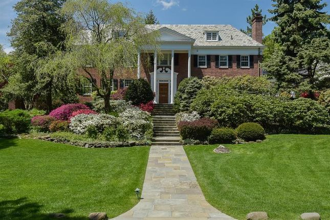 Thumbnail Property for sale in 3 Beechwood Road Bronxville, Bronxville, New York, 10708, United States Of America