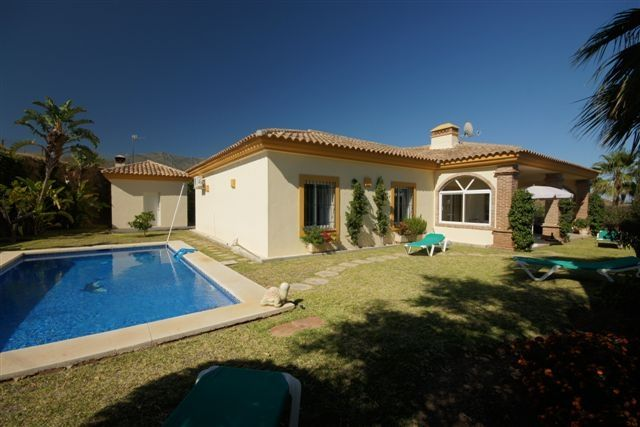 3 bed villa for sale in Spain, Málaga, Mijas, Mijas Costa