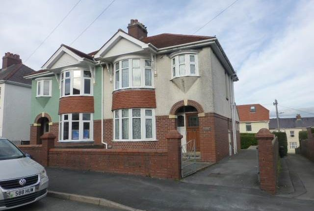 Thumbnail Property to rent in St. Davids Avenue, Carmarthen