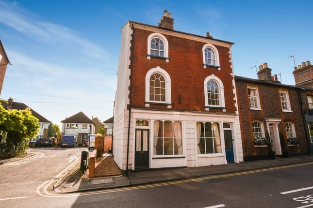 Thumbnail Semi-detached house to rent in Castle Mews, Chapel Street, Berkhamsted