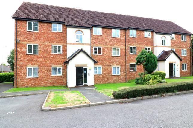 Thumbnail Flat to rent in Harlech Road, Watford, Herts