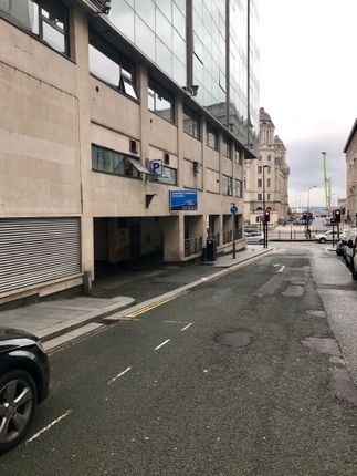 Parking/garage to let in Brunswick Street, Liverpool