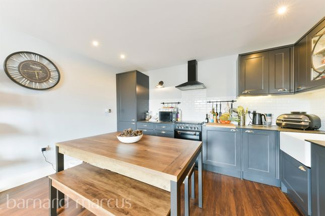 2 bed flat for sale in Church Street, Epsom KT17