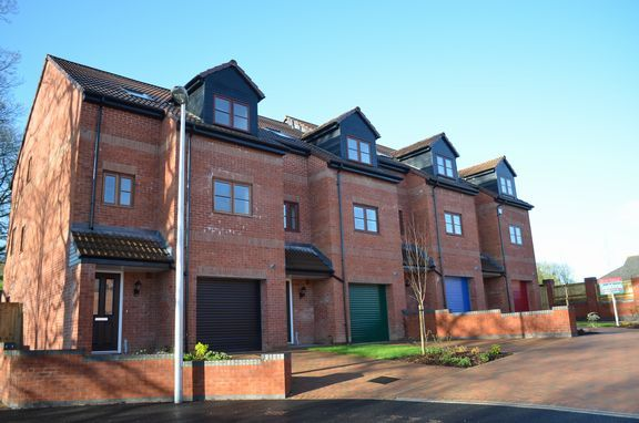 Thumbnail End terrace house for sale in Cullompton