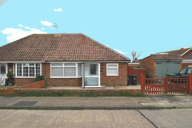 Thumbnail Bungalow to rent in Hammy Way, Shoreham-By-Sea