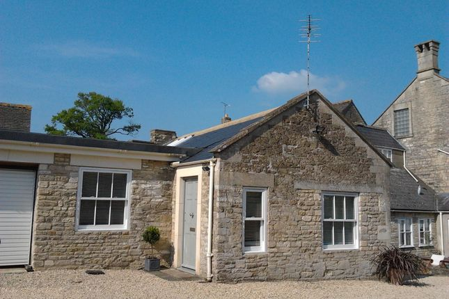 Thumbnail Flat to rent in Rowden Hill, Chippenham