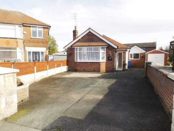 Thumbnail Bungalow for sale in St Elmo Avenue, Offerton, Stockport, Cheshire
