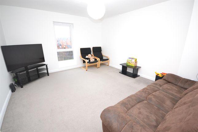 Lounge of Foleshill Road, Foleshill, Coventry CV1