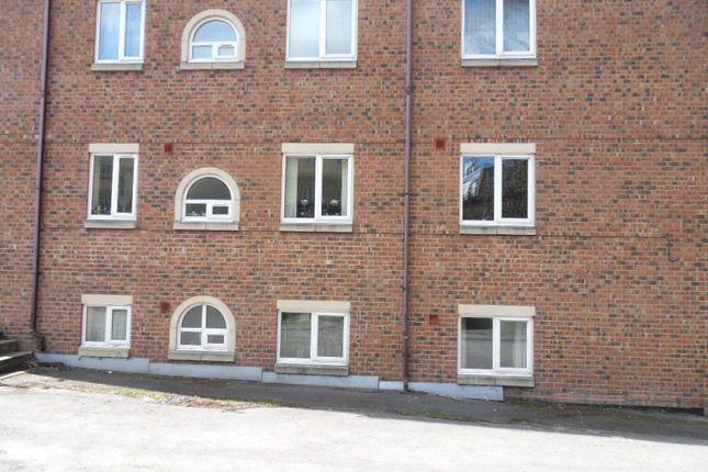 Thumbnail Flat to rent in Back Lane, Heckmondwike, West Yorkshire