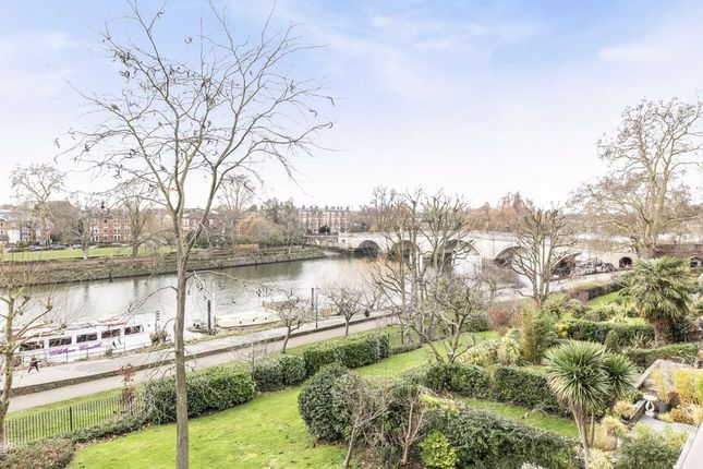 Thumbnail Property to rent in Northumberland Place, Richmond