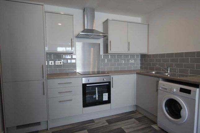 1 bed flat to rent in Market Street, Hyde SK14