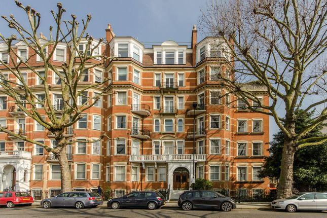 Thumbnail Flat to rent in Marloes Road, Kensington