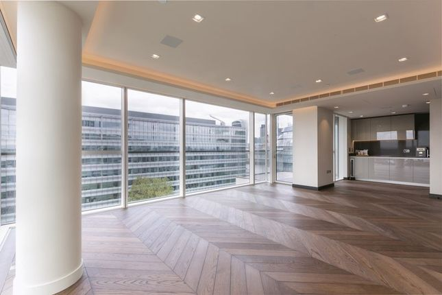Thumbnail Flat to rent in Earls Way, London