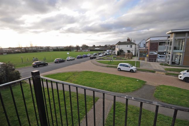 Thumbnail Flat for sale in Western Road, Hailsham