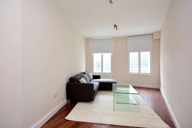 2 bed flat to rent in Warren Court, Euston Road, Euston, London