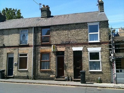 Thumbnail Terraced house to rent in Sturton Street, Cambridge