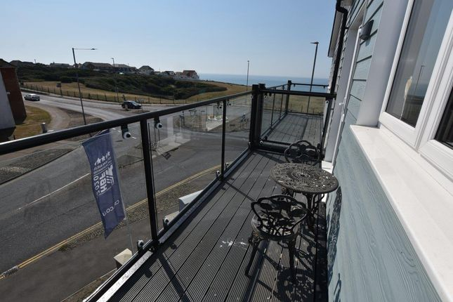 Thumbnail Flat for sale in Rowe Avenue, Peacehaven