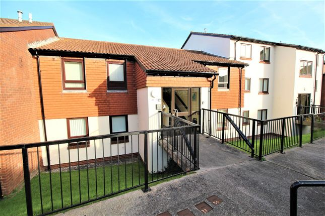 Thumbnail Flat for sale in Pebble Court, Paignton
