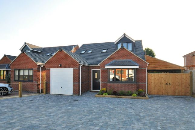 Thumbnail Detached house for sale in Dawn Field, Swadlincote