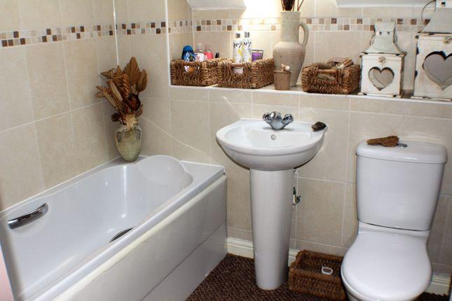 Bathroom of Aspen Drive, Dover CT16