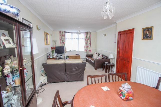 Thumbnail Terraced house for sale in Cheveral Avenue, Coventry