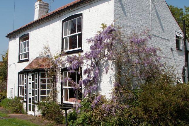 Thumbnail Farmhouse for sale in Retford Road, South Leverton, Retford